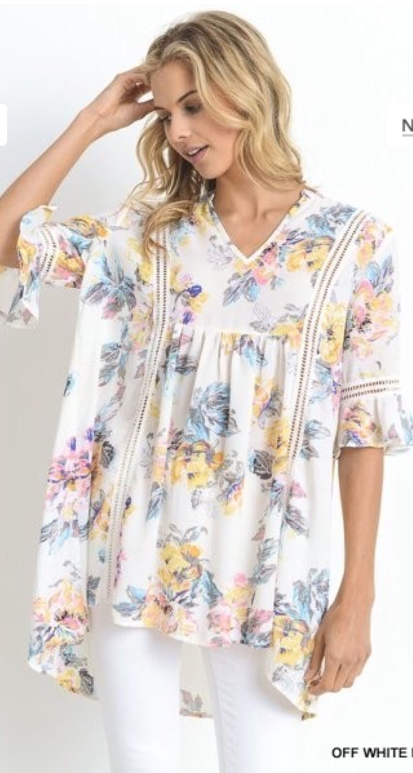 Jodifl Floral V-neck top